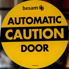 Automatic door openers and lights - Know the function.